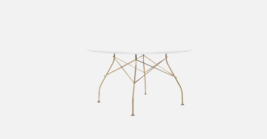 truedesign_kartell_GLOSSY_round_w_table