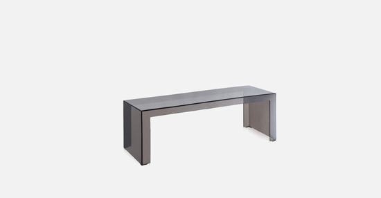 truedesign_kartell_invisibe_side_fume_high-table
