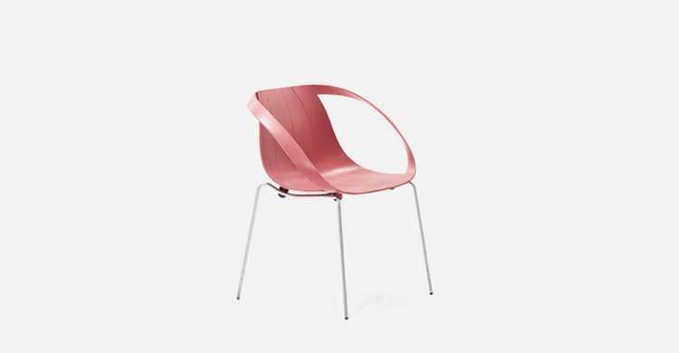 truedesign_moroso_impossible_wood_arms_chair