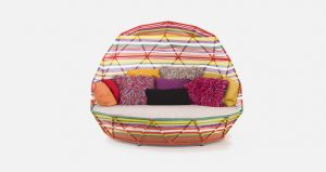 truedesign_maroso_tropicalia_day_bed_or_benches