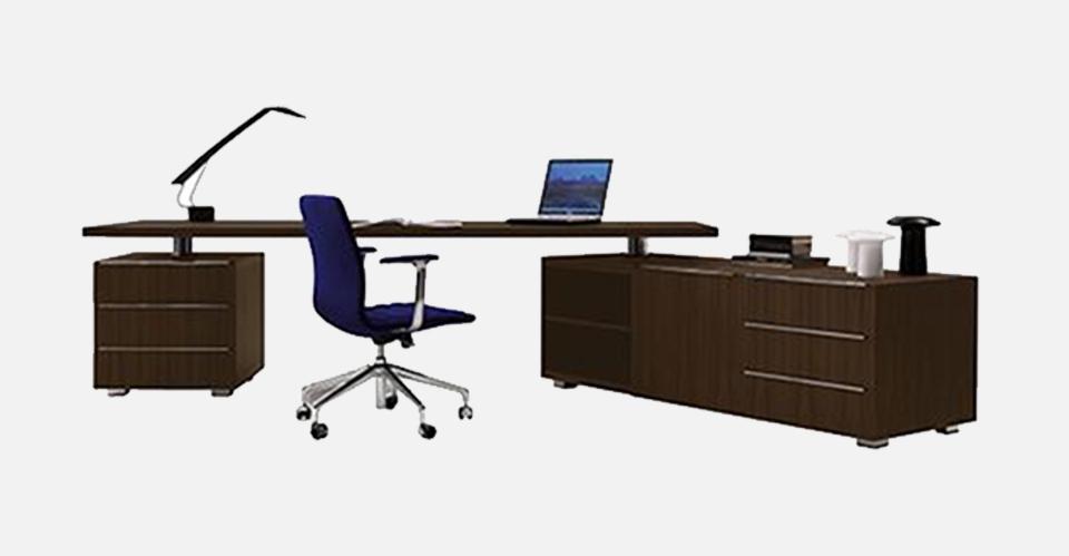 truedesign_cappellini_SENIOR_TABLE